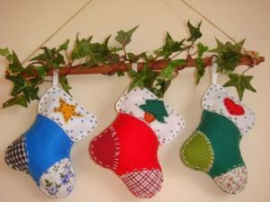 felt-handmade-christmas-crafts-holiday-decorations-1